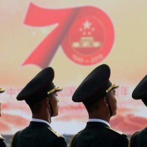Chińczycy świętują siedemdziesięciolecie republiki (+WIDEO)