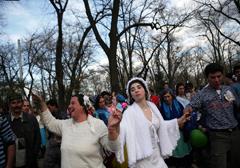 Rumunia: burmistrz Timisoary zwalcza głośne cygańskie śluby