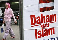 Austria: Poziom intelektualny imigrantów obniża się przez... antyimigranckie plakaty