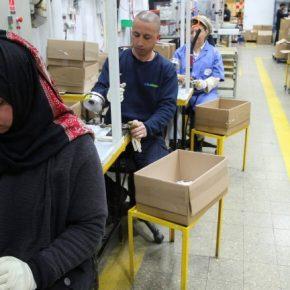 """Tylko jedna czwarta """"uchodźców"""" znalazła pracę"""