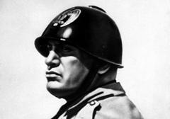 Mussolini pozbawiony honorowego obywatelstwa Turynu