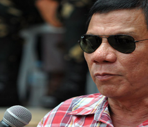 Duterte będzie strzelał do łamiących kwarantannę