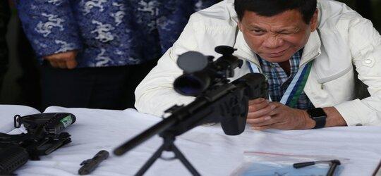 Duterte wezwał do skończenia z komunistami