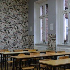 Miasta cierpią na brak nauczycieli