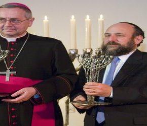 Przewodniczący Episkopatu potępia nacjonalizm