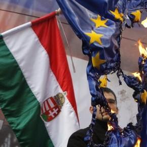"""Rada Europy krytykuje Węgry za """"rasizm"""" i """"naciski na media"""""""