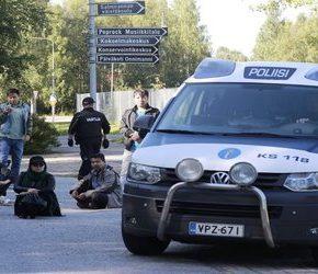 Finlandia: Starcia przy deportacji imigrantów (wideo)