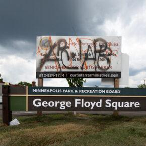 Biznesy czarnoskórych padają przez plac Floyda