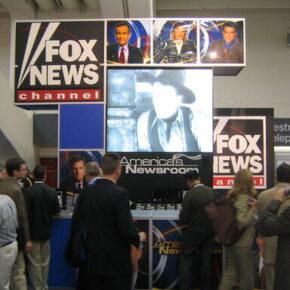 Producent maszyn do głosowania pozywa FOX News