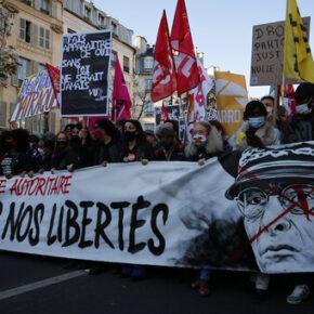 Francuzi przeciwko policyjnej brutalności (+WIDEO)