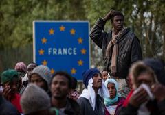 Francja: Ulgi podatkowe za... nocowanie imigrantów