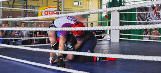 """Nacjonalistyczny turniej sportów walki First to Fight """"odwiedził"""" kolejne miasto"""