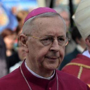 Arcybiskupowi przeszkadza projekt przeciwko LGBT