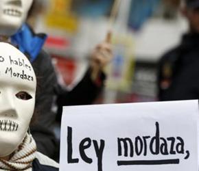 Hiszpania: Efekty ustawy zakazującej krytyki policji