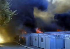 grecja-podpalony-oboz