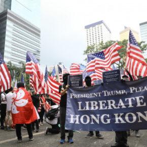 Demonstranci z Hongkongu chcą interwencji Amerykanów