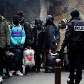Imigranci usunięci z centrum Paryża