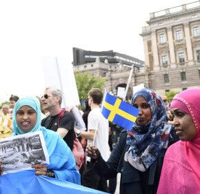 Szwedzka centroprawica broni imigracji