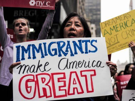 Biden cofnie decyzje Trumpa. Zwłaszcza w sprawie imigrantów
