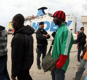 Szwecja: Politycy Zielonych zaniepokojeni ograniczeniami dla imigrantów