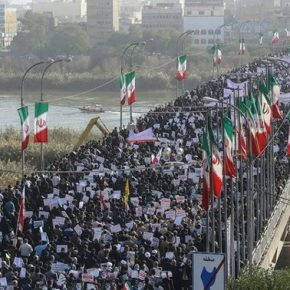 Irańczycy manifestowali poparcie dla rządzących