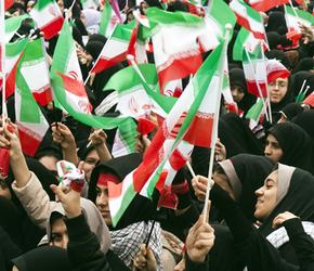 Irańczycy świętowali 36 rocznicę zwycięstwa Rewolucji Islamskiej