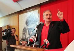 Węgry zakazały totalitarnej symboliki. Partia komunistów zmienia nazwę