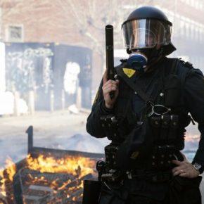 Muzułmanie zaatakowali demonstrację prawicy (+WIDEO)