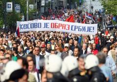 Tysiące Serbów protestuje przeciwko porozumieniu z separatystami z Kosowa