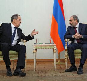 Rosja cementuje rozejm Armenii i Azerbejdżanu