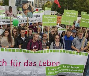 Ulicami niemieckiej stolicy przeszedł Marsz dla Życia i Rodziny