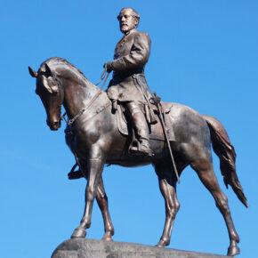 Zdemontowano kolejny pomnik generała Lee