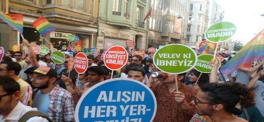 """Turcja zwalcza LGBT, aby """"zapobiec zniszczeniu rodziny"""""""