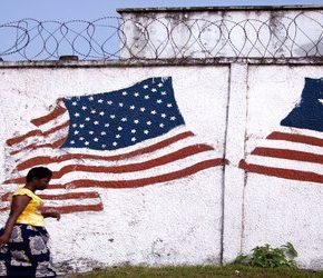 Współzałożyciel organizacji charytatywnej gwałcił Liberyjki