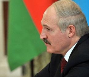 Białoruś chce żyć w dobrych stosunkach z Rosją i Zachodem
