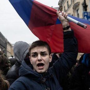 Młodzi Rosjanie zamierzają wyjeżdżać