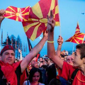 Macedończycy protestują przeciwko zmianie nazwy