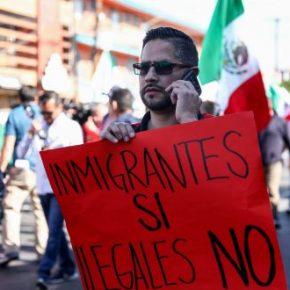 Meksykanie nie chcą karawany imigrantów