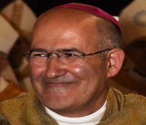 """Franciszek konsekrował zwolennika """"małżeństw"""" homoseksualnych"""
