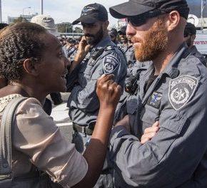 """Izraelska policja ma wciąż problem z """"rasizmem systemowym"""""""