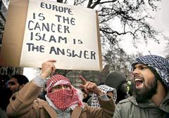 Muzułmanie w Europie nie zamierzają się asymilować