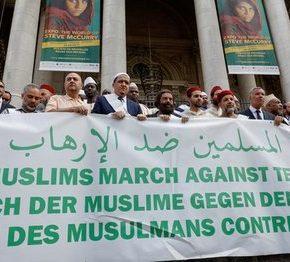 Francja: 25 muzułmanów na marszu przeciwko terroryzmowi