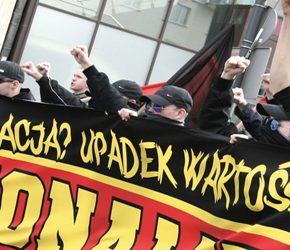 Warszawa: Nacjonaliści obchodzili Święto Pracy (wideo)