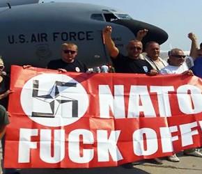 Szef NATO broni bombardowań Serbii