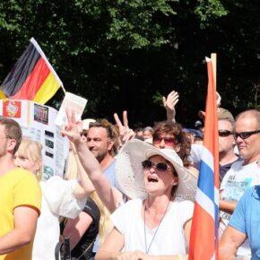 Niemiecki wywiad inwigiluje przeciwników lockdownu