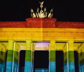 """Merkel zgadza się na """"małżeństwa dla wszystkich"""""""