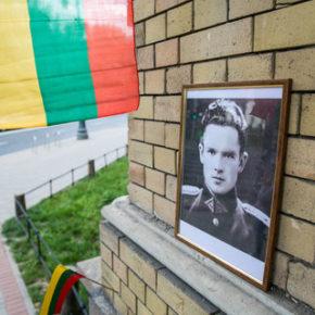 Litewski partyzant przeszkadza Żydom