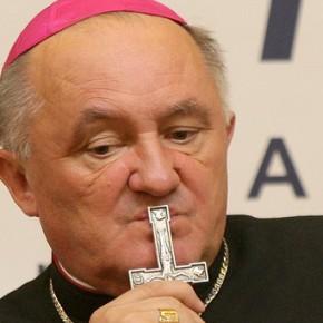 Kardynał Nycz chce pomagać imigrantom