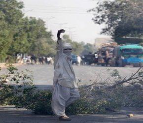 Pakistański minister zrezygnował pod naciskiem islamistów (+WIDEO)