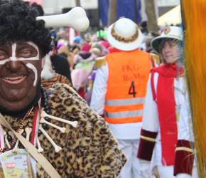 """Niemcy: """"Antyrasistowska"""" paranoja z okazji z okazji karnawałowej parady"""